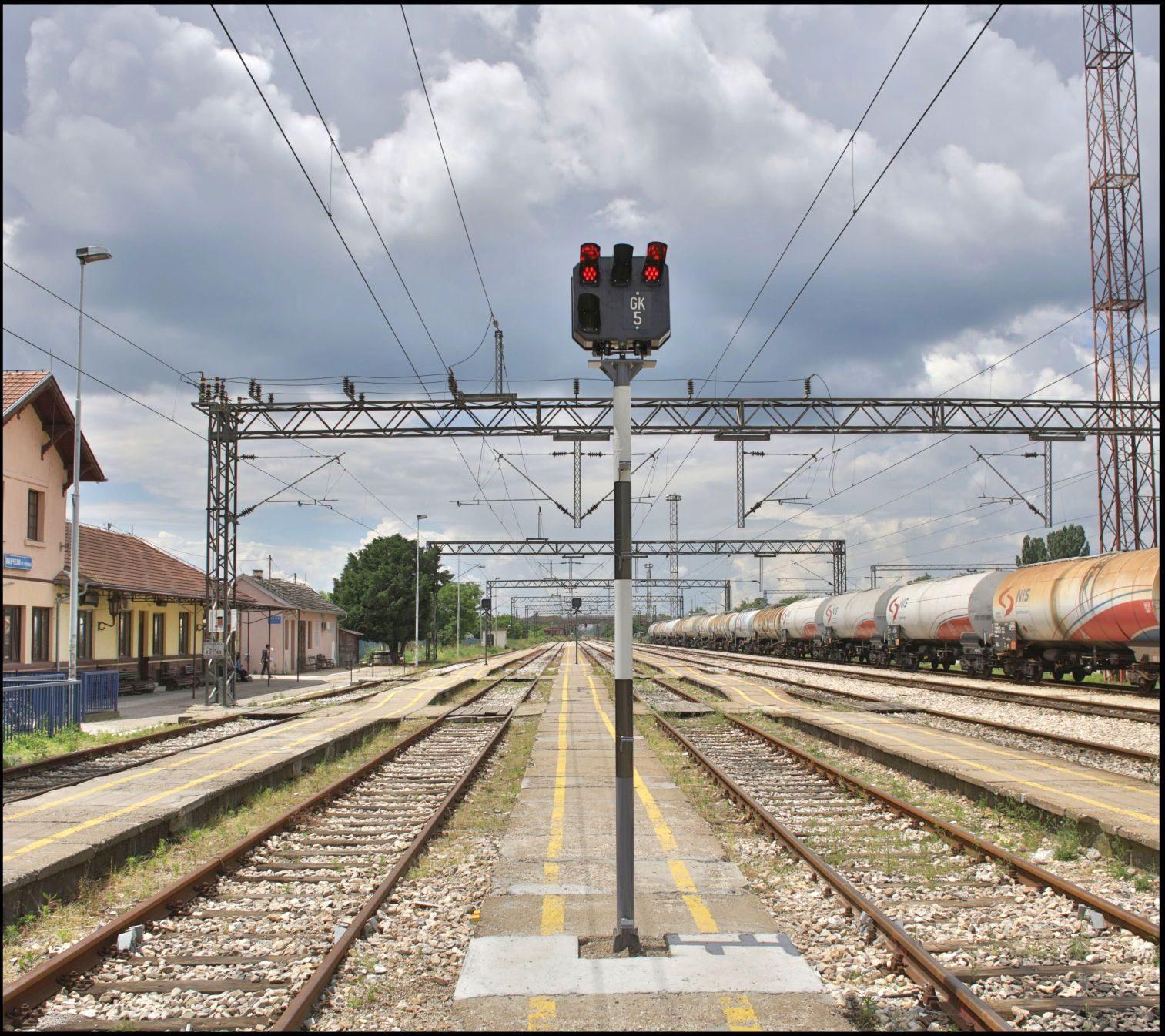srednji-signal1-4010834